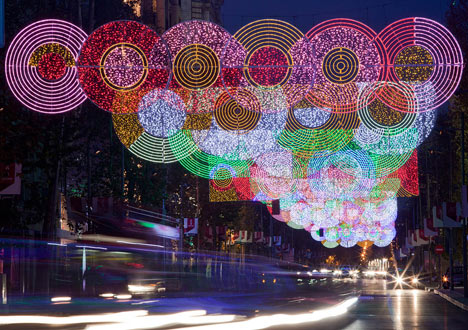 dezeen_Madrid-Christmas-Lights-by-Teresa-Sapey_2